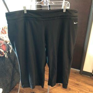 Nike Dri-fit yoga pant Capri wide leg 3x